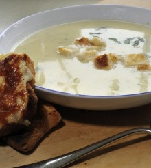 Potato, Onion & Herb Soup