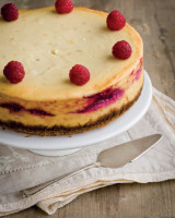 raspberry-cheescake-620x821