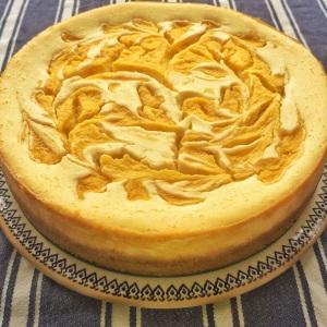 White chocolate and mango cheesecake
