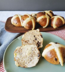 Easy Chocolate Hot Cross Buns